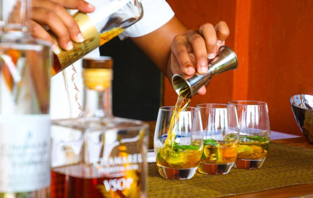 Cocktails_Shaker